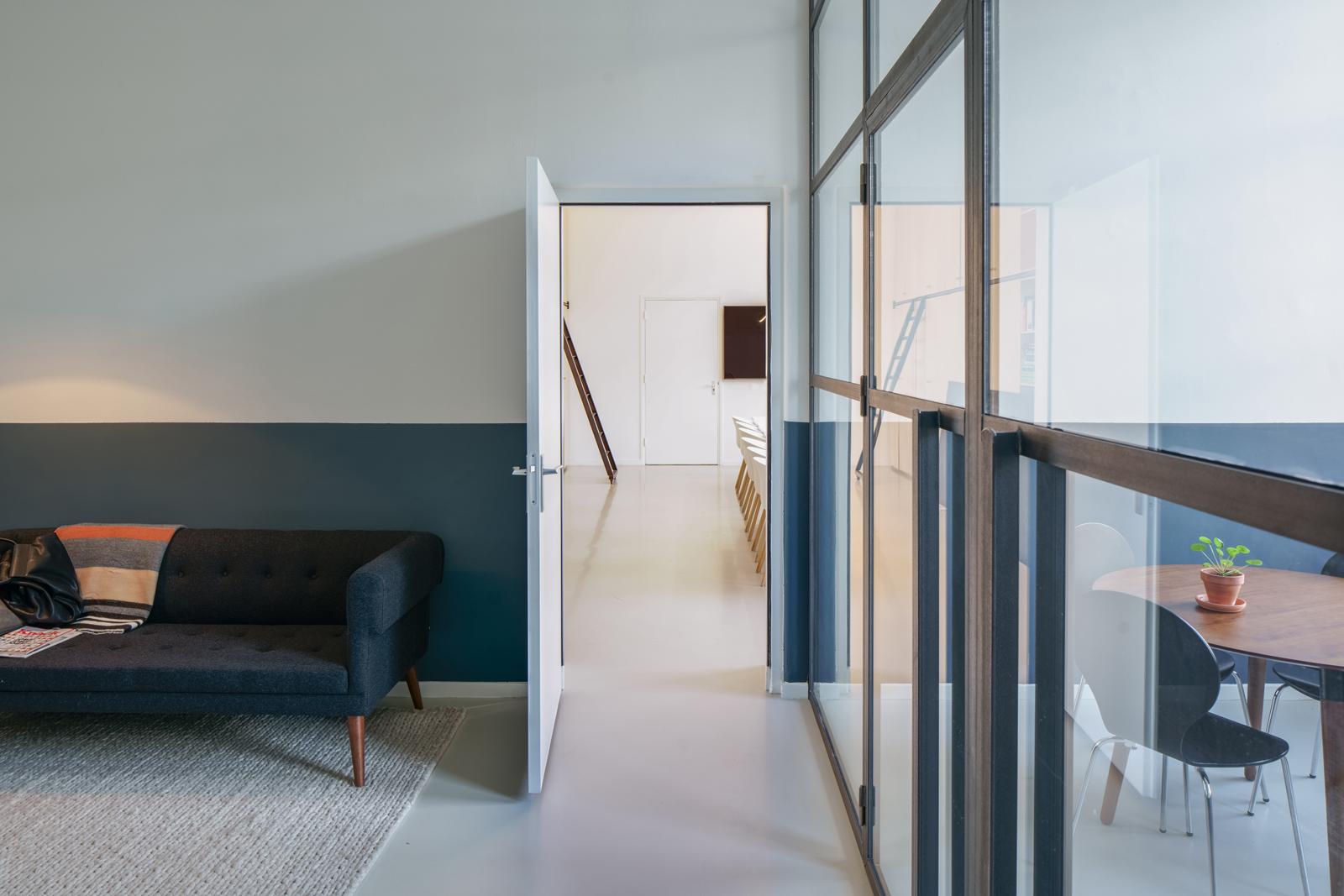 TWWB architect DDMA office interior directors room 01_1600
